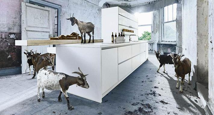 next 125 chuchihuus lausen k che. Black Bedroom Furniture Sets. Home Design Ideas